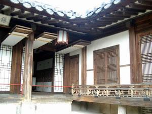 courtyard_jpg