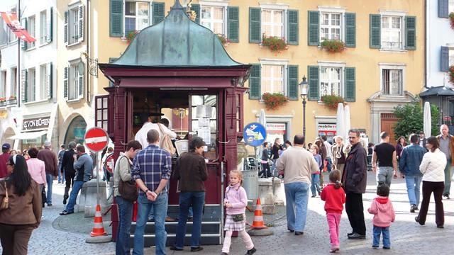 Roasted Horse Chestnut seller, Solothurn