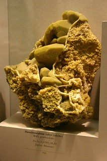 Heminmorphite (after calcite) with greenockite