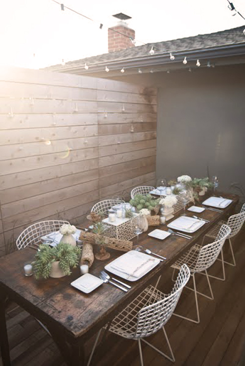 Chic Outdoor Entertaining Living In Modern Fashion