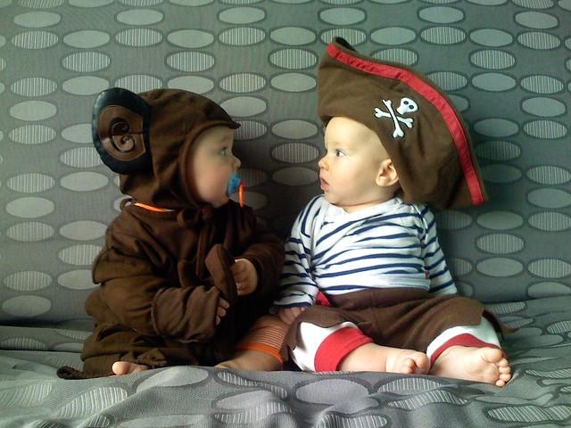 اطفال بملابس تنكرية 1778188040_4aaa582a8