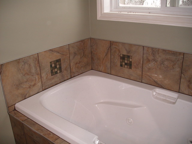 tub backsplash with custom cut glass inserts flickr photo sharing