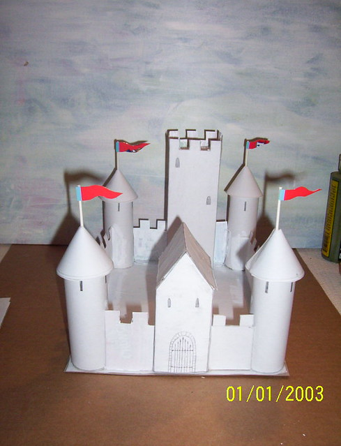 Paper castle a castle i made out of paper by for Castle made out of cardboard
