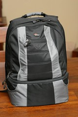 outerwear(0.0), bag(1.0), hand luggage(1.0), backpack(1.0),