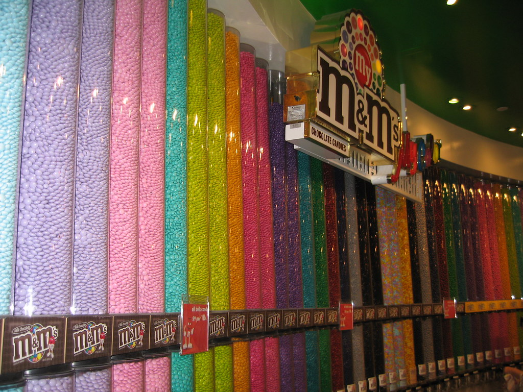 Las Vegas m&m Flagship store (58) - a photo on Flickriver