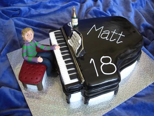Matt's 18th ~ piano cake
