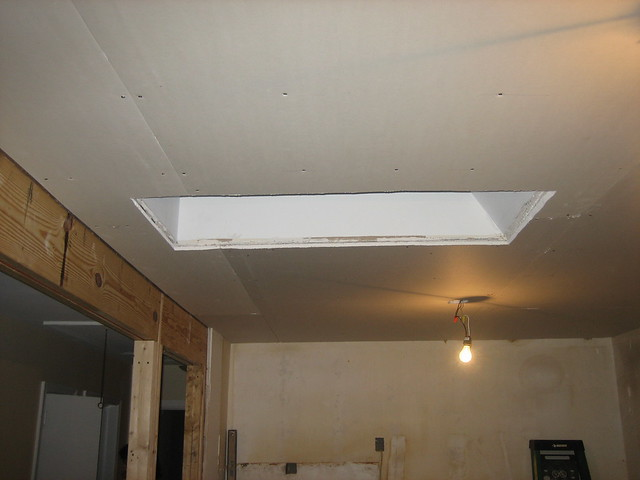 Multi Drywall Layers : Double layer of plaster drywall on ceiling to make it ev