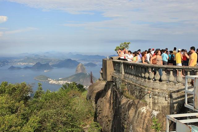 998 - Corcovado Tourists