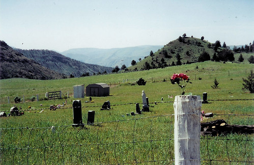 cemetery graveyard oregon spray haystack johnday wheelercounty deadmantalking