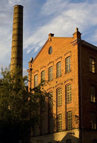 morning chimney orange sunlight brick industry sunrise dawn sweden sverige norrköping östergötland industrilandskapet canonef50mmf18ii canoneos30d johanklovsjö