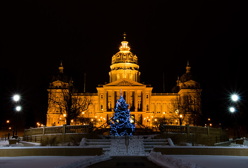 Iowa Capitol Building With Christmas Tree by ©Suwandi Chandra Photography