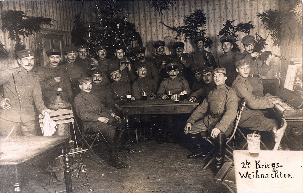 Wwi german soldiers celebrate christmas 1916 a photo on flickriver