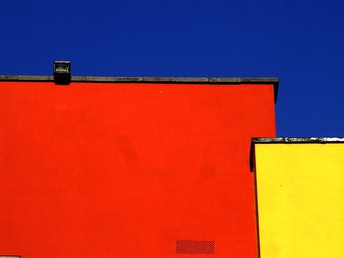 blue ireland sky dublin orange castle history yellow finepix fujifilm grille ventilator dublincastle 10000views steveh s9600 brightlycolouredwalls 1013f mygearandme mygearandmepremium mygearandmebronze mygearandmesilver mgm1mgm2mgm3mgm4 aboveandbeyondlevel1 42384v