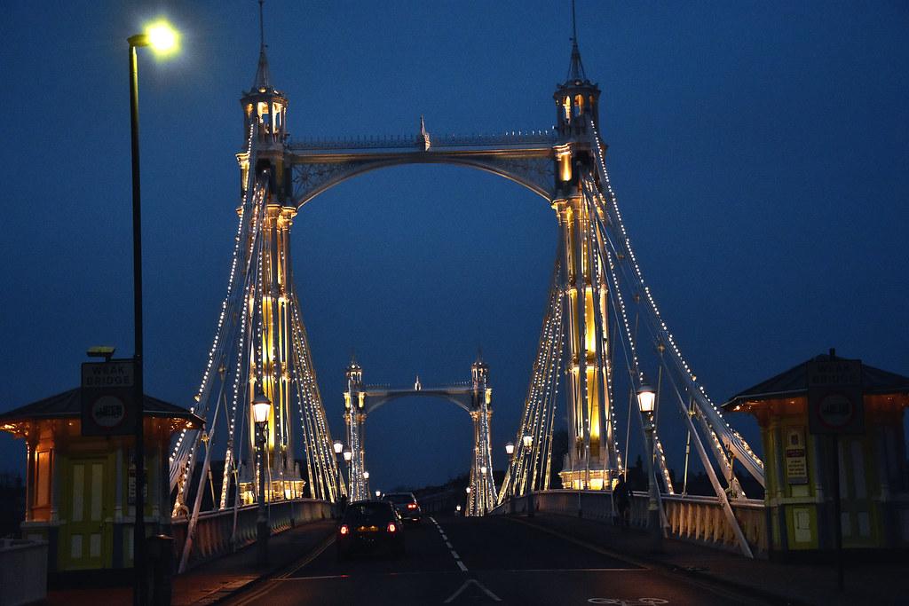 Hotels Near Battersea Bridge