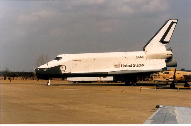 space shuttle enterprise landing - photo #23