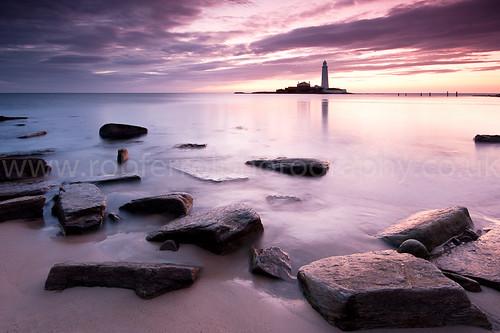 sea cloud lighthouse colour beach water st sunrise newcastle dawn see coast sand rocks mary north northumberland coastal stmarys maryscoast