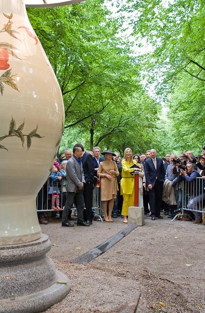 Prinses Máxima opent Den Haag Sculptuur 2011