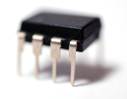 CMOS 555