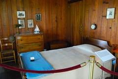 furniture(1.0), room(1.0), property(1.0), cabin(1.0), bed(1.0),