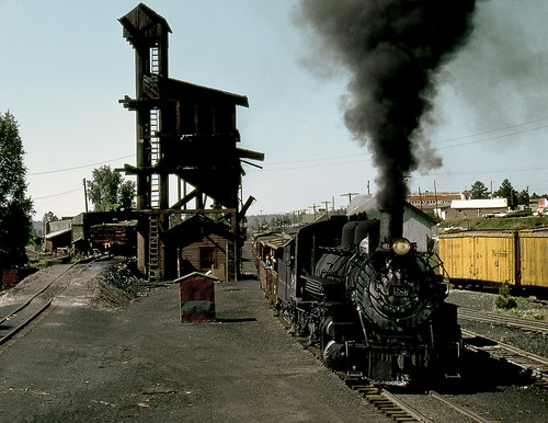 train railroad railway rail chama newmexico cumbrestoltecscenic narrowgauge steam coaldock