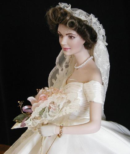Jacqueline kennedy wedding dress 2 explore golondrina411 for Jackie kennedy wedding dress