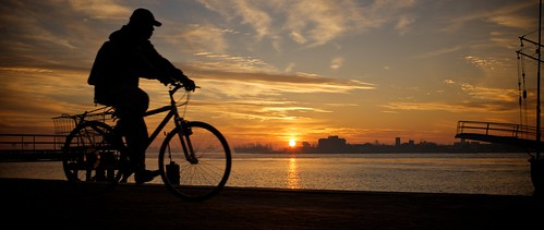sunrise louisiana cyclist neworleans mississippiriver