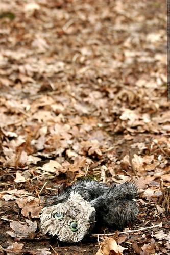 carcass of an owl puppet    MG 8825