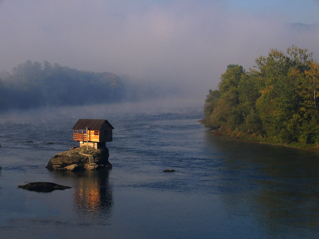 Picture Of The Day Little House On The Water Twistedsifter