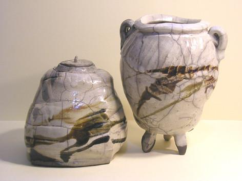 Box and Pot  (Caja y Botella)
