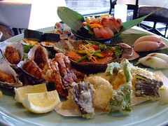 Enjoy meal with delicious food - Things to do in Sydney