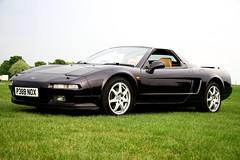 automobile(1.0), automotive exterior(1.0), vehicle(1.0), honda nsx(1.0), land vehicle(1.0), coupã©(1.0), supercar(1.0), sports car(1.0),