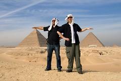 wadi(0.0), erg(1.0), sand(1.0), pyramid(1.0), aeolian landform(1.0), natural environment(1.0), desert(1.0), landscape(1.0),