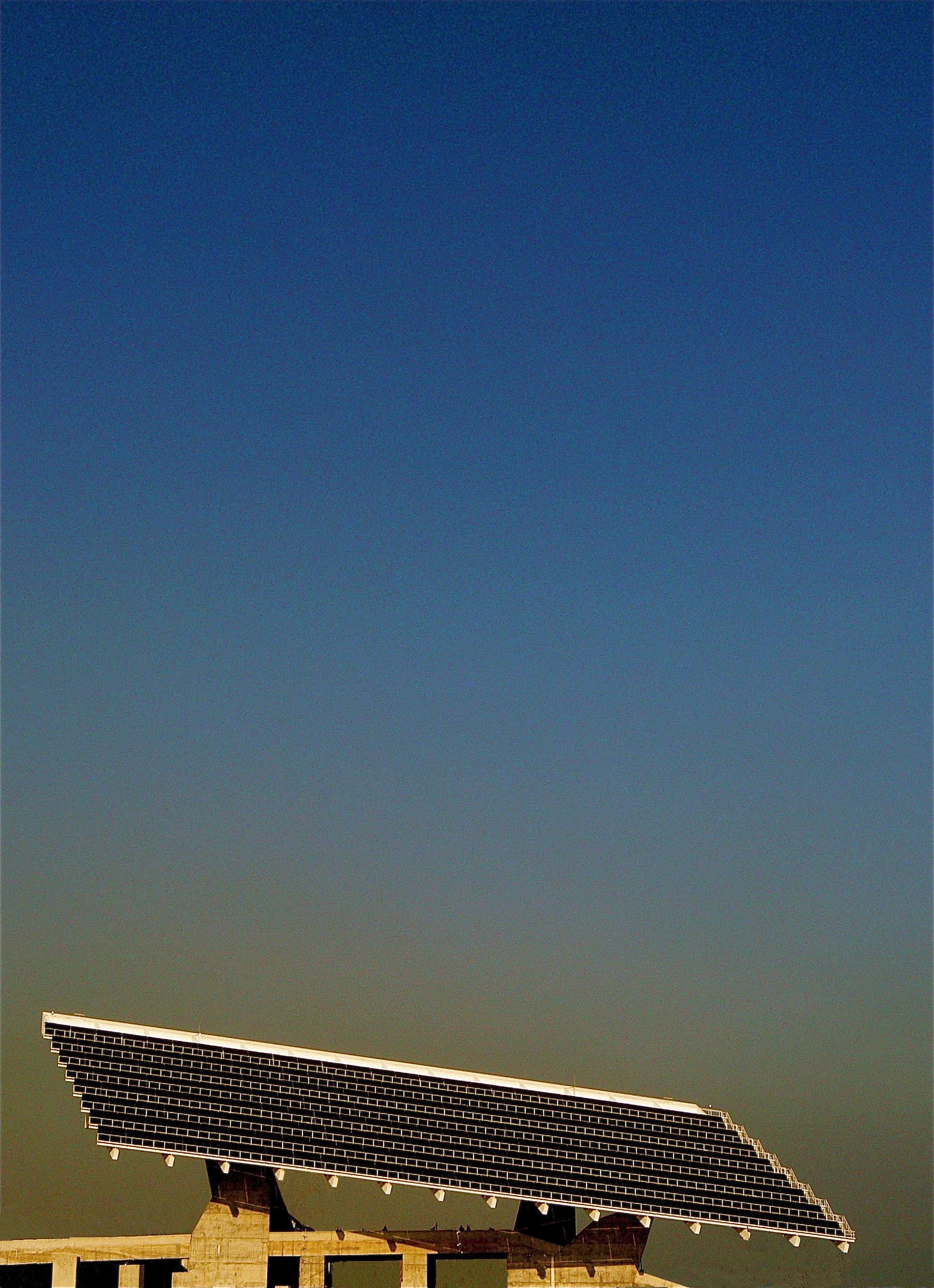 Panel solar solar panel este panel solar en barcelona flickr photo sharing - Solar barcelona ...