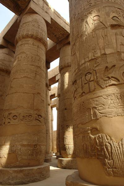 Templo de Karnak Templos a la orilla del río Nilo en Egipto - 2474550912 e3093590f4 o - Templos a la orilla del río Nilo en Egipto