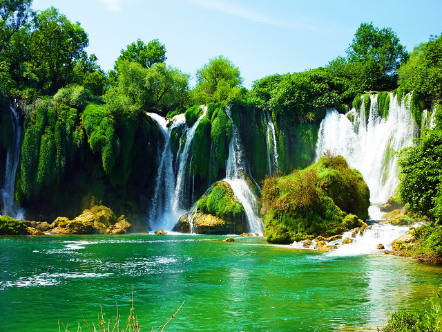 Kravice Waterfalls by CC user smemon on Flickr