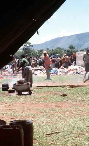 tanzania hand market tent clothes second manyara riftvalley babati 2ndhandclothes africancooking dareda riftvalleyafrica marketafrican mnada