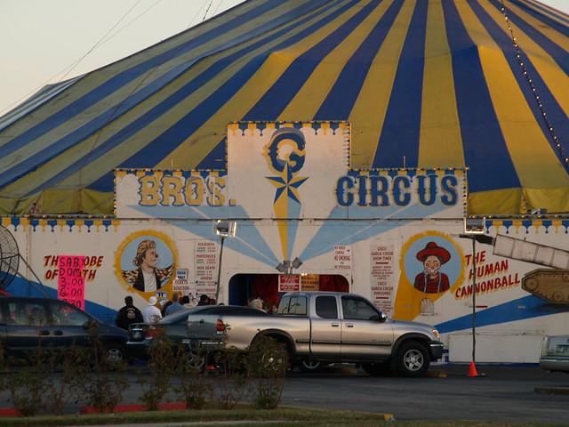 Pasadena Texas Circo Garcia Circus Jan 18 2008 A Circus Tent P1207691