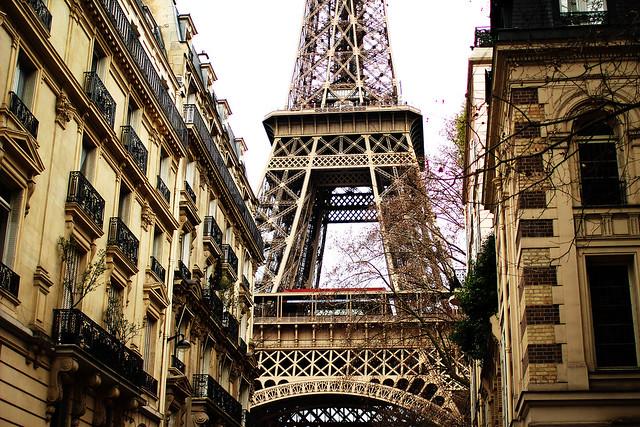 Inbetween Paris