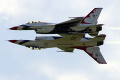 Air Show: Thunderbirds in Precision Flight