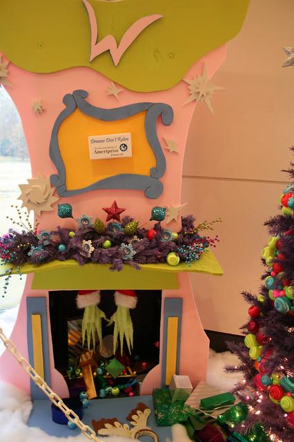 Chimney Christmas Decorations