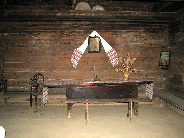 1860 ukrainian house interior 2
