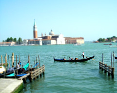 rowing(0.0), bay(0.0), vehicle(1.0), sea(1.0), watercraft rowing(1.0), boating(1.0), gondola(1.0), watercraft(1.0), boat(1.0),