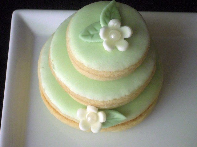 Wedding Cake Cookies | Mini wedding cakes. Stacked butter c ...