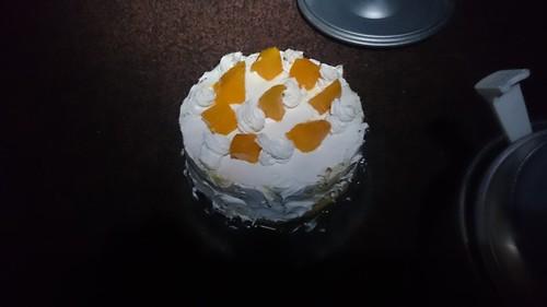この日は僕がおじさんになった日ということで、班長が即席バースデーケーキを作成!残念なことにこの日、夏合宿入院班が発足してしまいTwitterでの発表は翌日に細々やるという悲しい事態に…