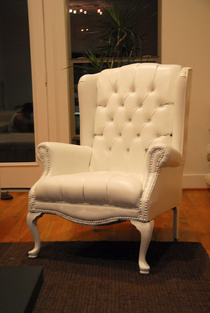i love wing chairs!
