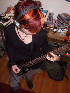 rzrgrl + steinberger = teh hot 3