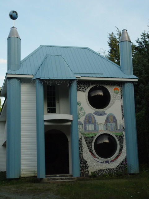 Wacky House Kitimat 051