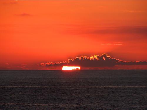 ocean cruise sunset sky sun nature clouds soleil coucher atlantic bahamas royalcaribbean nuages atlantique croisière sovereignoftheseas mywinners bigfave abigfave