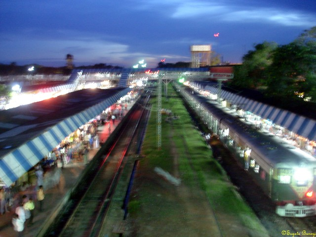Naihati Station at Twilight | Flickr - Photo Sharing!