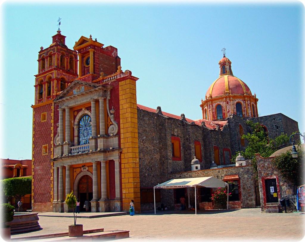 Iglesia de Sta. María de la Asunción. Tequisquiapan, Querétaro, México. - a p...